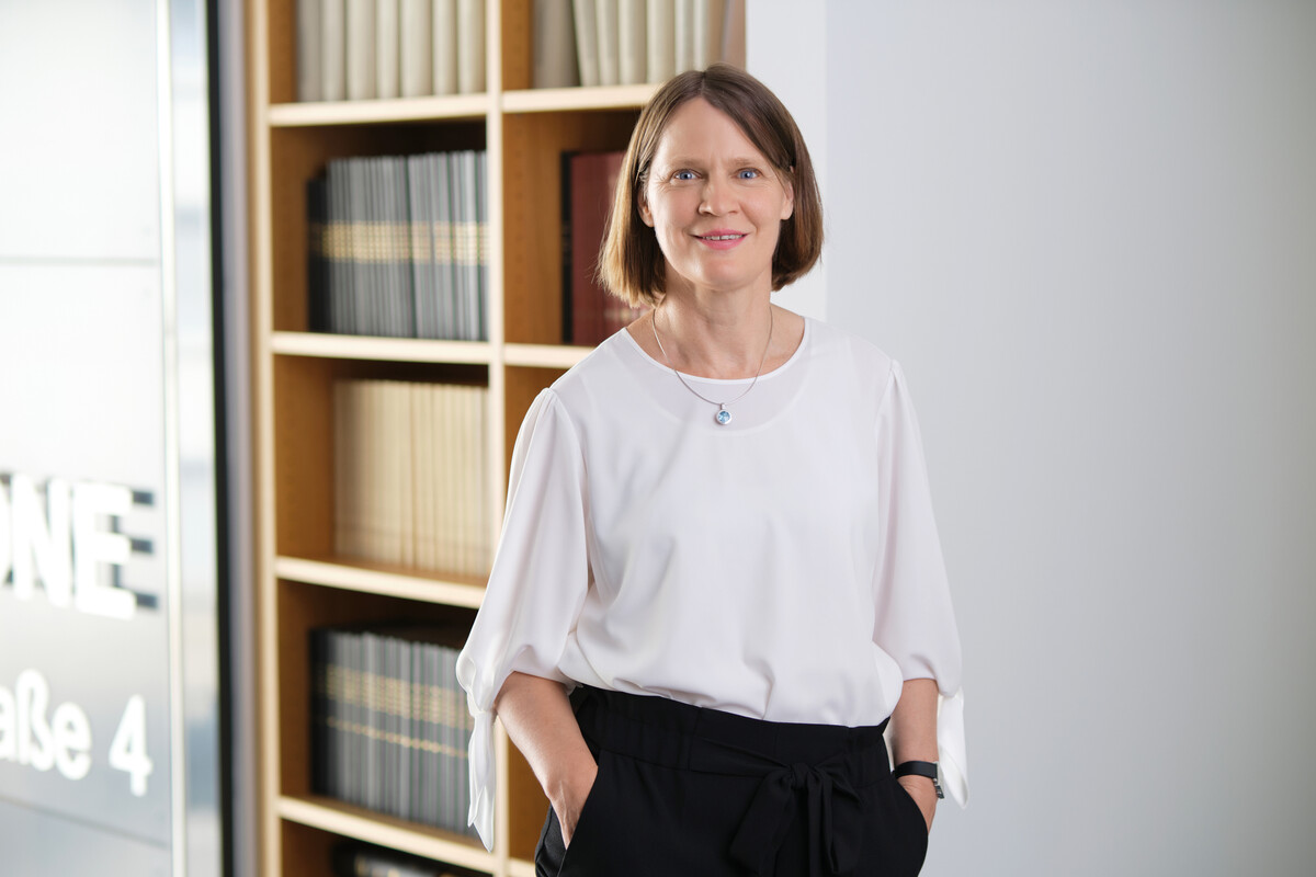 Dr. Dorothee Hollah